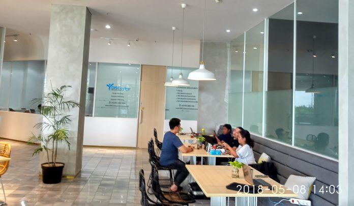 Coworking Space yang dikembangkan oleh Intiland di Spazio Office, Surabaya Barat dan perkantoran di Jakarta dan Surabaya