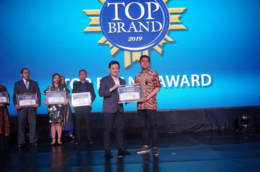 penghargaan top brand 2019 untuk sharp