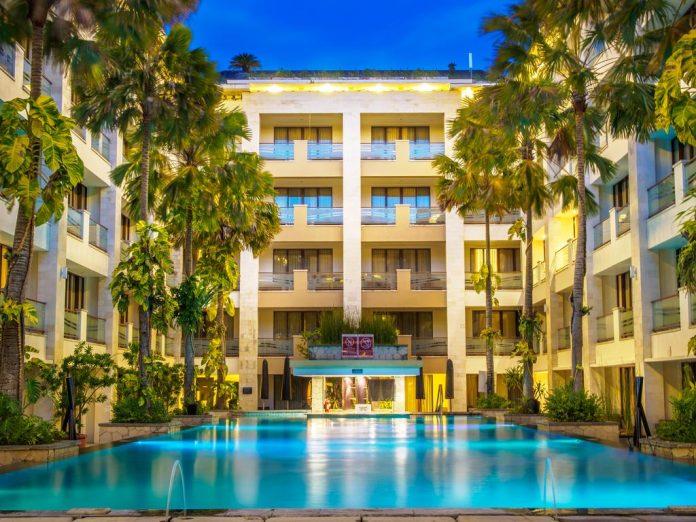 hotel aston minangkabau padang oleh Archipelago International