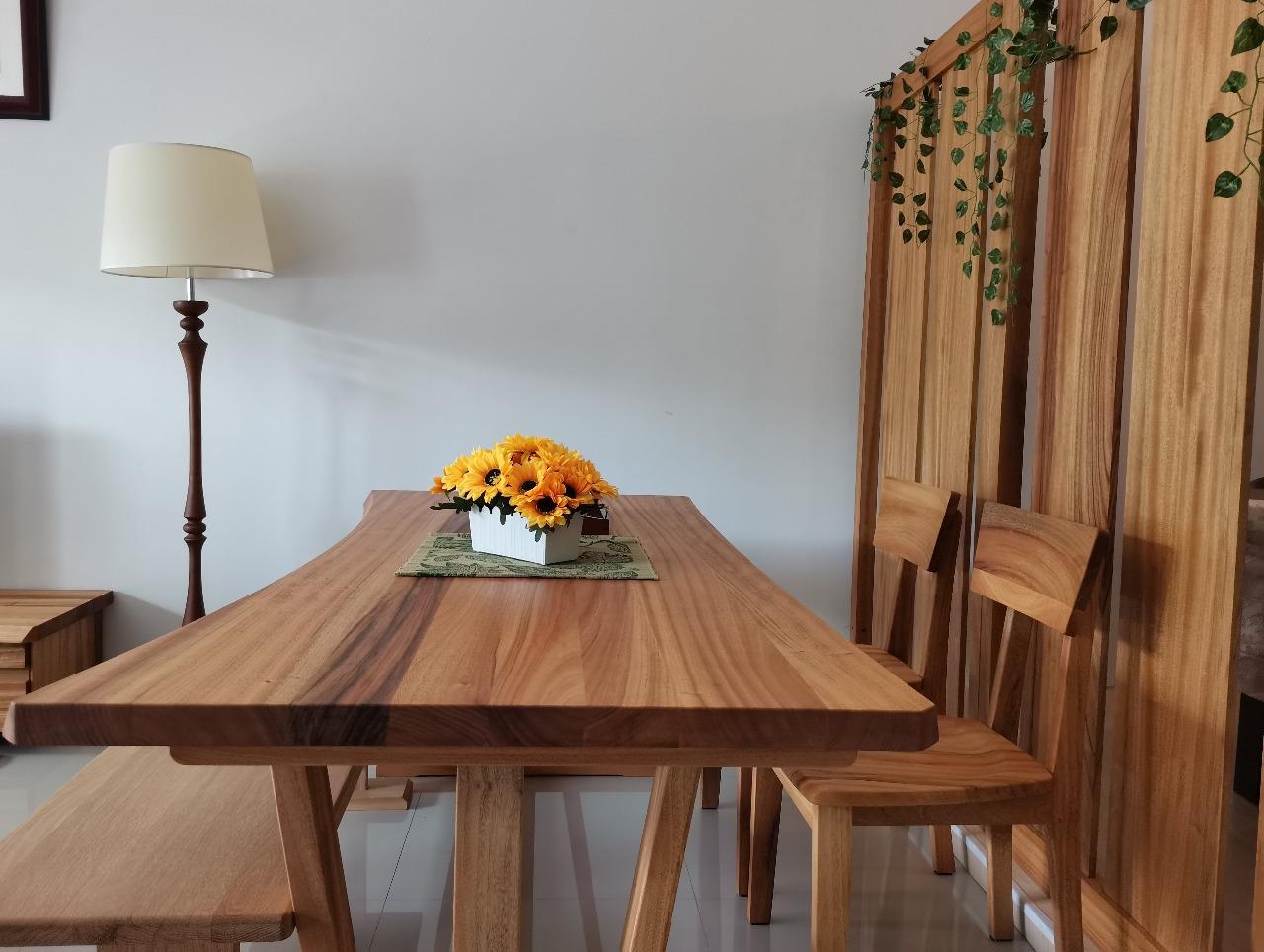 Brand Ganko Oyaji menghadirkan beragam bentuk furniture untuk rumah maupun kantor