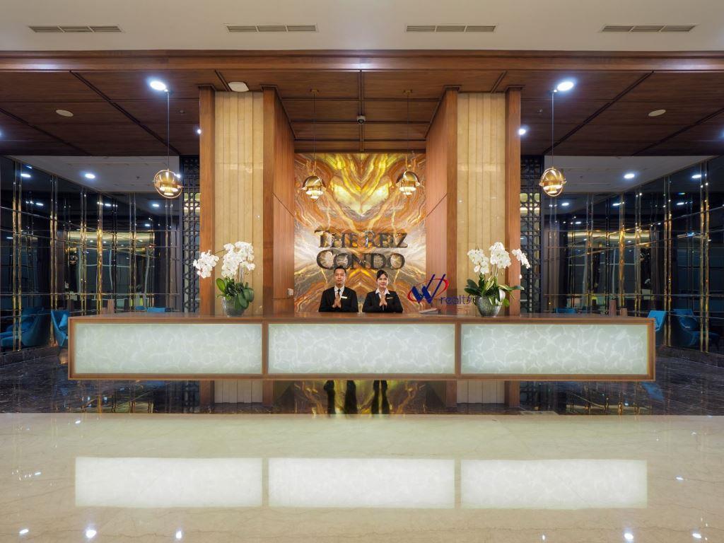 Lobby Vasaka The Reiz Condo Medan