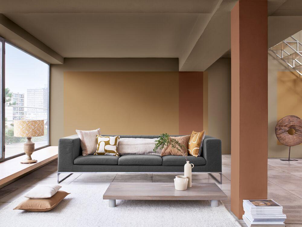Warna soft copper untuk ruang keluarga